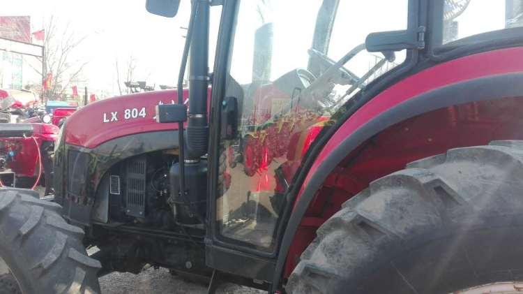 出售2013年东方红804拖拉机