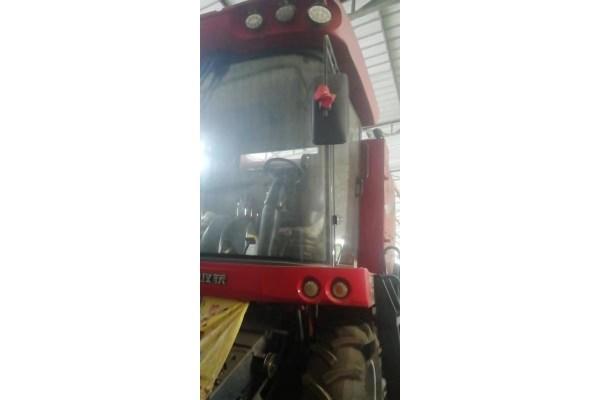 东方红4LZ-8谷物联合收割机