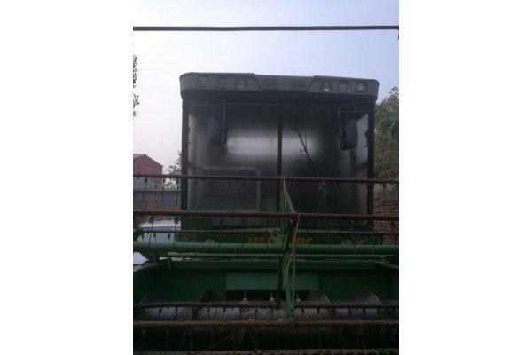 中联谷王TB60自走式联合收割机