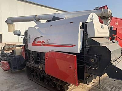 东方红4LZ-5履带收割机