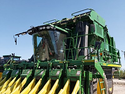 铁建4MZ-6采棉机