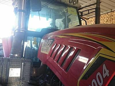 亿嘉迪敖YJ-2204拖拉机