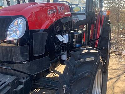 东方红854拖拉机