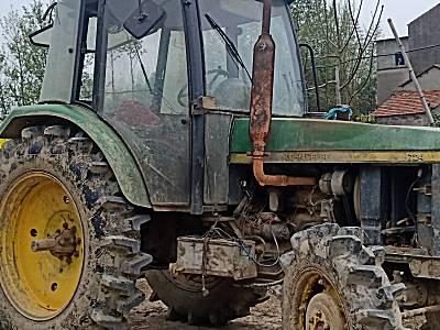 约翰迪尔724拖拉机