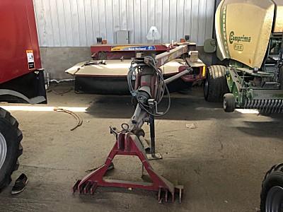 <em>纽荷兰</em>H7220圆盘割草压扁机