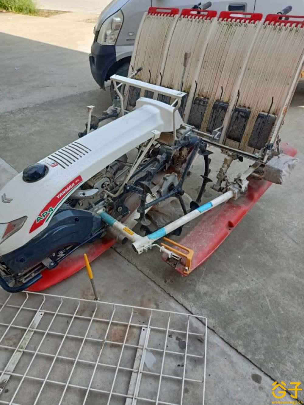 洋马AP4(2ZQS-4)插秧机