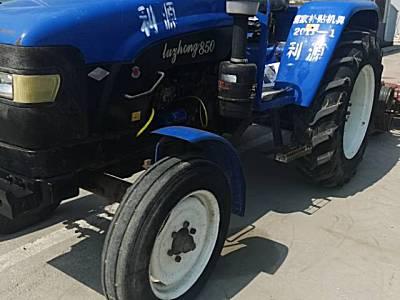 <em>鲁中</em>850拖拉机