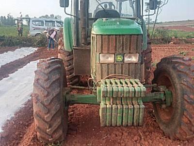 迪尔1404拖拉机