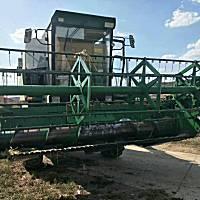 约翰迪W80收割机