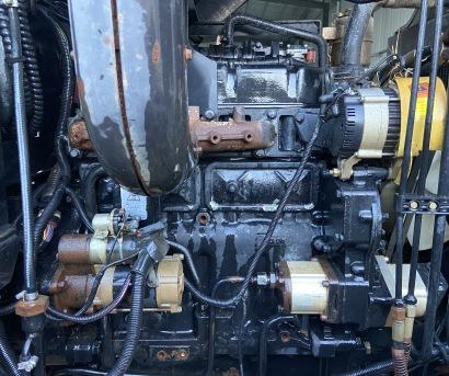 東方紅704拖拉機