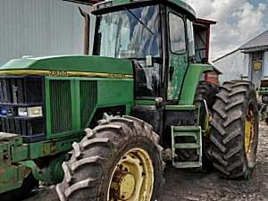 约翰迪尔7800拖拉机