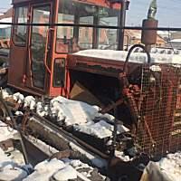 东方红1202履带拖拉机