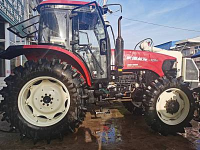 沃得奥龙DX1204轮式拖拉