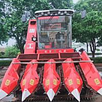 唐山利軍4YZQ-7型自走式莖穂兼收玉米收獲機