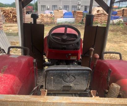 东方红404拖拉机