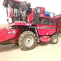 新疆牧神4YZB-6型自走式玉米聯合收獲機