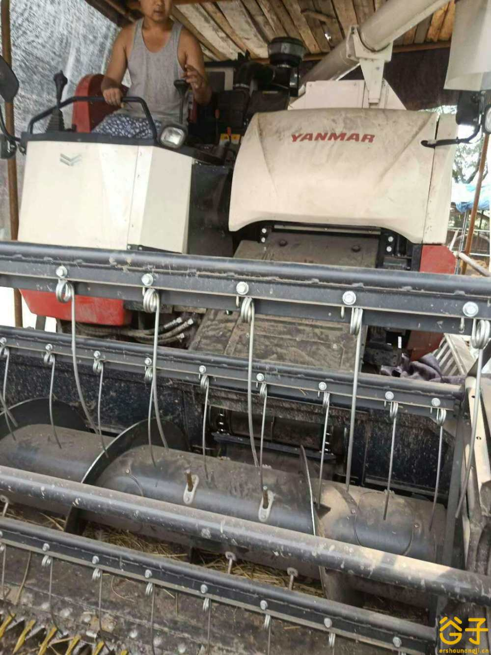 洋马AW70G(4LZ-2.5A)全喂入稻麦联合收割机