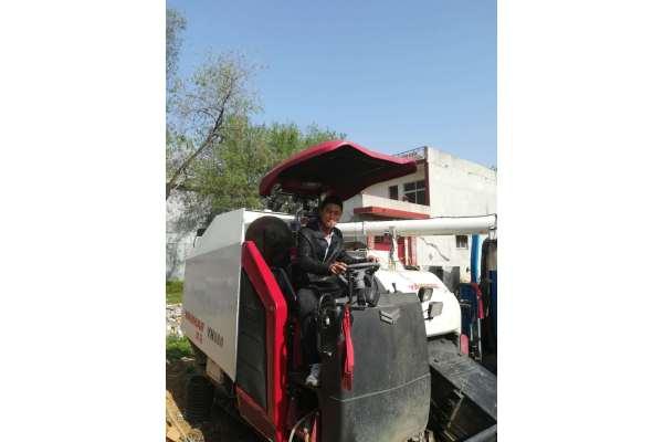 洋马YH880稻麦联合收割机