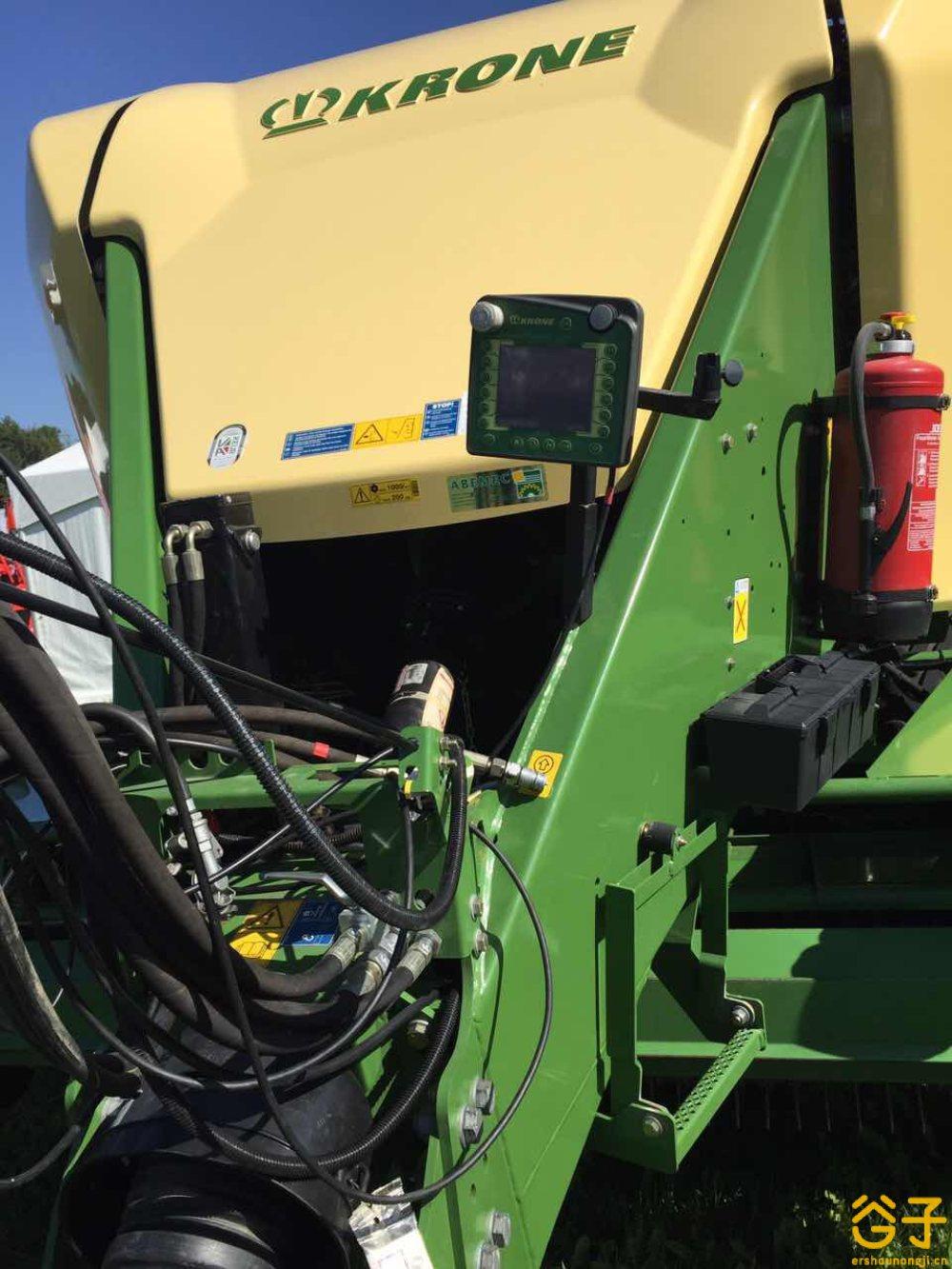 出售2012年科罗尼1270高密度方捆机