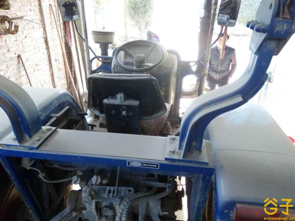 雷沃欧豹M704-B拖拉机