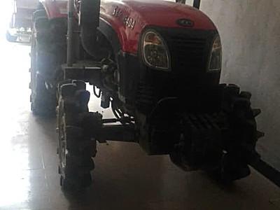 出售2015年东方红404拖拉机
